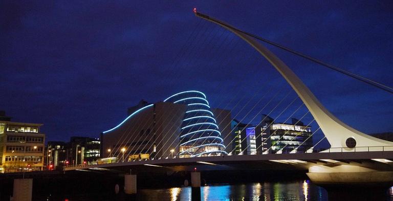 Samuel Beckett Bridge - Photo by David Levingstone